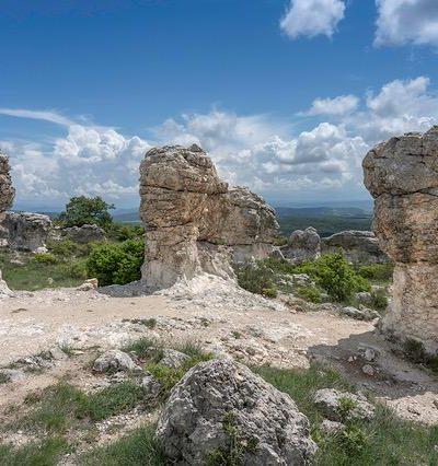 les mourres site naturel proche forcalquier randonnée balade originale